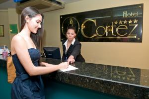 Hotel Cortez, Отели  Санта-Крус-де-ла-Сьерра - big - 71