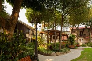 Hotel Cortez, Отели  Санта-Крус-де-ла-Сьерра - big - 24