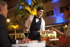 Hotel Cortez, Отели  Санта-Крус-де-ла-Сьерра - big - 25