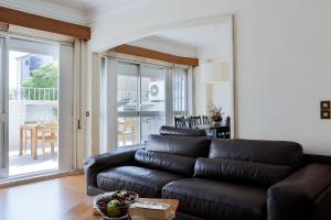 Downtown with Terrace - 4 Bedrooms - Porto