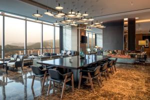 Hilton Jinan South Hotel & Residences, Hotely  Ťi-nan - big - 49