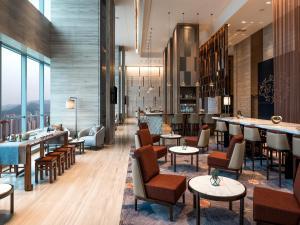 Hilton Jinan South Hotel & Residences, Hotely  Ťi-nan - big - 56