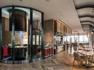 Hilton Jinan South Hotel & Residences, Hotely  Ťi-nan - big - 60