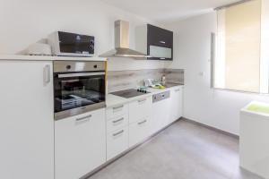Apartments Dalmacija, Apartmanok  Omiš - big - 56