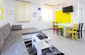 Apartments Dalmacija, Apartmanok  Omiš - big - 14