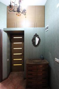 Luxury Apartment near Cascade, Apartments  Yerevan - big - 2