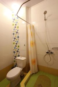 Luxury Apartment near Cascade, Apartments  Yerevan - big - 13