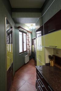 Luxury Apartment near Cascade, Apartments  Yerevan - big - 16