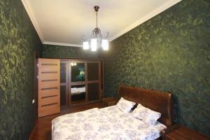 Luxury Apartment near Cascade, Apartments  Yerevan - big - 21