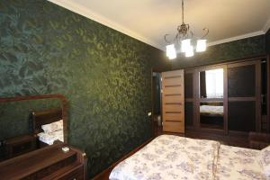 Luxury Apartment near Cascade, Apartments  Yerevan - big - 22