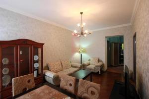 Luxury Apartment near Cascade, Apartments  Yerevan - big - 27