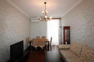 Luxury Apartment near Cascade, Apartments  Yerevan - big - 29