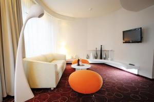 Hotel Senator, Отели  Дзвижино - big - 58