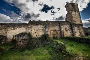 Los Montes, Kúriák  Casas de Miravete - big - 33