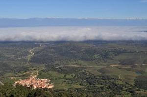 Los Montes, Kúriák  Casas de Miravete - big - 28