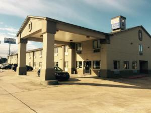 Texas Inn and Suites Lufkin - Seven Oaks