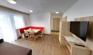 Pension Jaqueline - Accommodation - Sölden