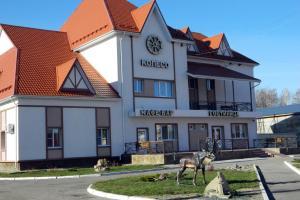 Отель Колесо, Каменка