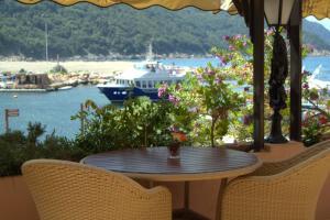 Location gîte, chambres d'hotes La Calypso dans le département Corse du Sud 2a