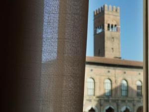 Casa Isolani, Piazza Maggiore - AbcAlberghi.com