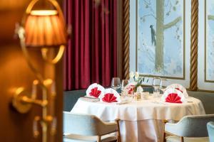 Alpen Hotel Corona, Hotely  Vigo di Fassa - big - 36