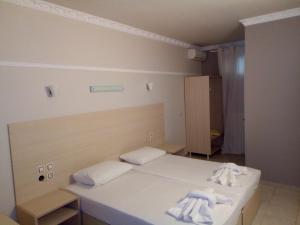 Hotel Aigli, Hotel  Fársala - big - 9