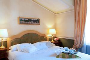 Petit Palais Hotel De Charme - AbcAlberghi.com