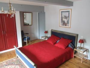 Location gîte, chambres d'hotes Chambres d'hôtes Ferme de Gayri dans le département Hautes Pyrénées 65