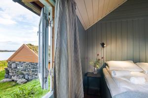 Håholmen Havstuer - By Classic Norway Hotels, Hotely  Karvåg - big - 6