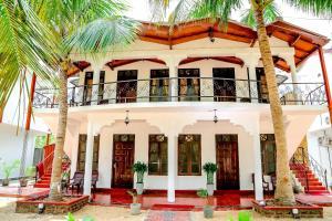 Crescent Sea Resort, Rezorty  Nilaveli - big - 9