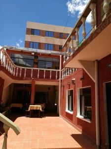 Vargas Hotel