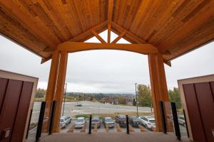 Hillcrest Farm Market B&B - Accommodation - Kelowna