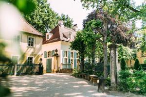 Hotel Villa Sorgenfrei & Restaurant Atelier Sanssouci - Dresden