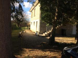 Accommodation in Saint-Pantaléon-de-Larche