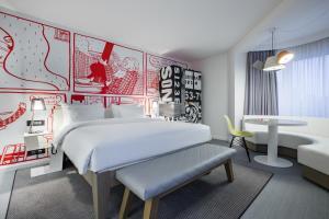 Radisson RED Hotel Brussels.  Foto 12