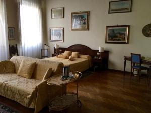 Soggiorno Antica Torre - AbcAlberghi.com
