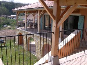 Villa - Chiroubles, Виллы  Chiroubles - big - 2