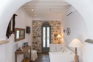 Athina Exquisite Houses, Ferienwohnungen  Kastron - big - 64