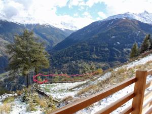 Chalet with Spectacular View of Mountains in Heremence - Hotel - Thyon les Collons