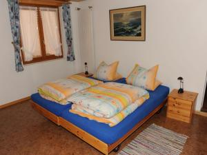 Spacious Apartment in St Niklaus near Mattertal Ski Area, Apartmanok  Sankt Niklaus - big - 8
