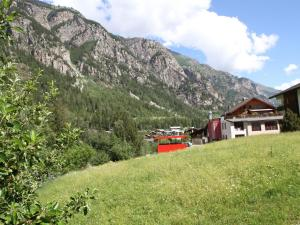Spacious Apartment in St Niklaus near Mattertal Ski Area, Apartmanok  Sankt Niklaus - big - 12