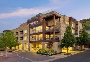 Residences at The Little Nell - Accommodation - Aspen