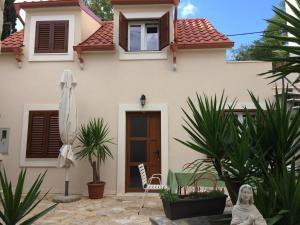 Guesthouse Kresic, Penzióny  Split - big - 151