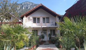 Hostels und Jugendherbergen - Pension Eden