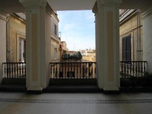 Colosseo Topnotch Apartment, Apartments  Rome - big - 33