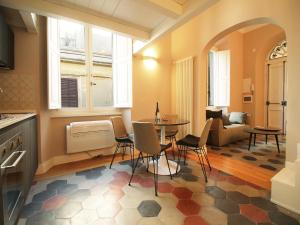 Colosseo Topnotch Apartment, Apartments  Rome - big - 28