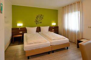 Keisers Hotel Garni - Langsur