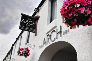 Albergues - The Arch Inn