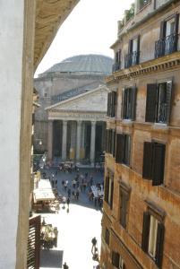 Pantheon Domus Valentino - abcRoma.com