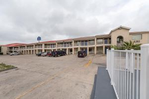 Motel 6 San Antonio - Fiesta Trails, Мотели  Сан-Антонио - big - 25